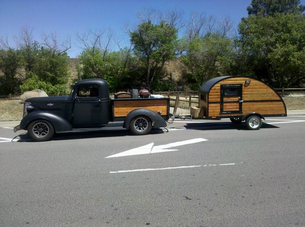 Pod Woodie on Rt 66 Williams, AZ