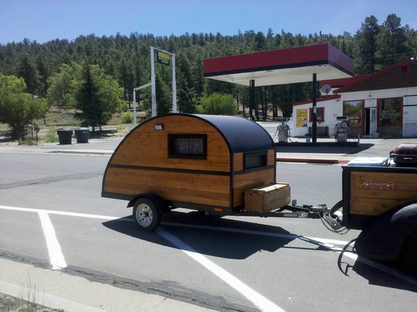 Pod Woodie on Rt 66, Williams, AZ